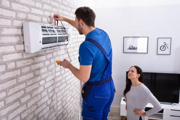 Professionnel pour la pose et l'entretien de climatisation réversible - CL Plomberie - Saint-Laurent-du-Pont